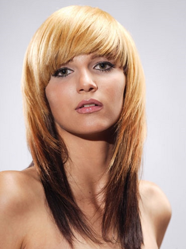 Tremendous 30 Layered Hairstyles With Bangs Which Looks Perfect Slodive Short Hairstyles Gunalazisus