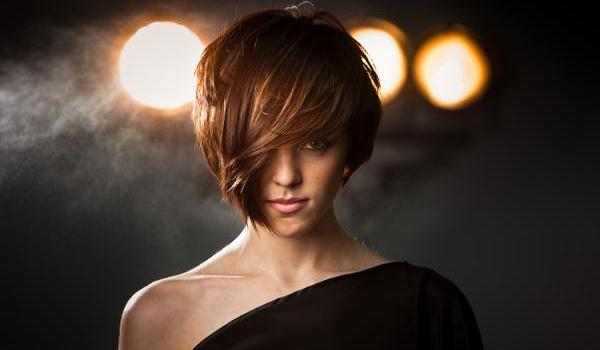 series zone 30 Layered Hairstyles With Bangs Which Looks Perfect