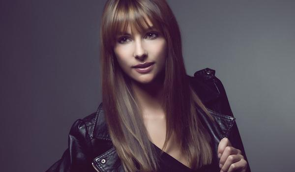 stephanie hairstyle 30 Layered Hairstyles With Bangs Which Looks Perfect