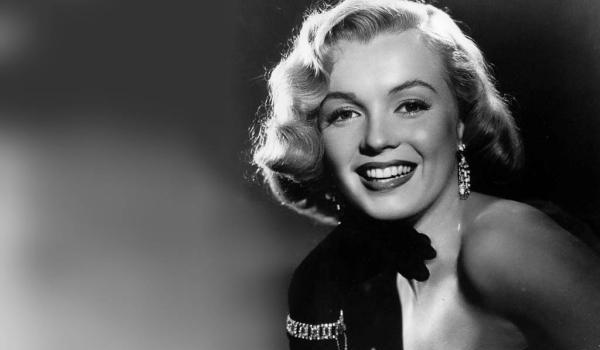 cute smile 50 Extraordinary Marilyn Monroe Pictures