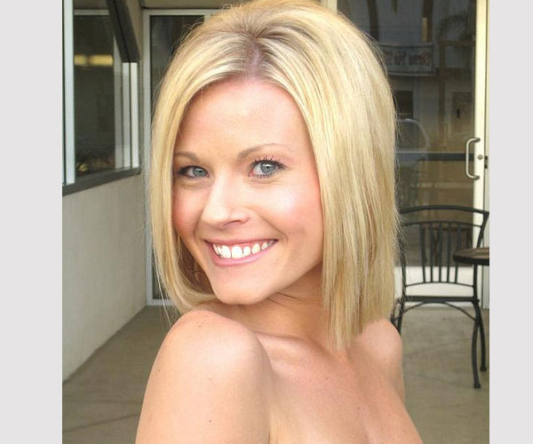 blonde hair shoulder 30 Impressive Medium Bob Hairstyles