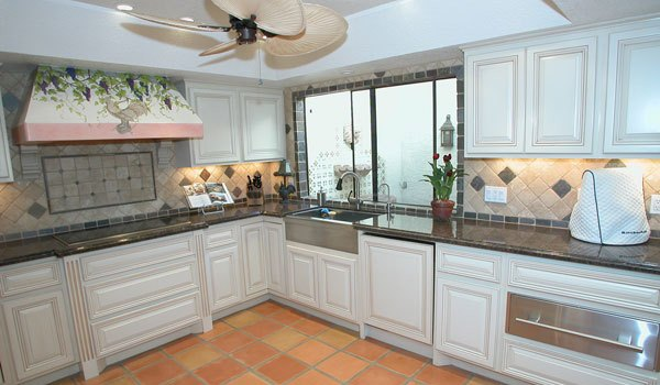 Glazed White Kitchen