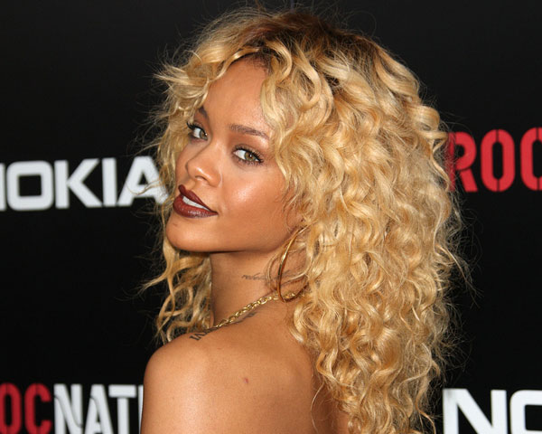 Awe Inspiring 60 Rihanna Hairstyles Which Look Extraordinary Slodive Short Hairstyles For Black Women Fulllsitofus
