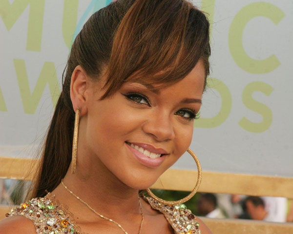 Rihanna Bang Earrings Hairstyle