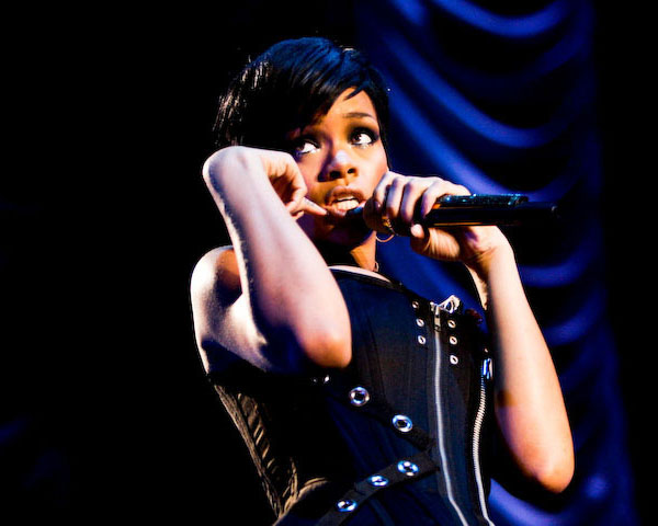 Rihanna Short Bob Hair