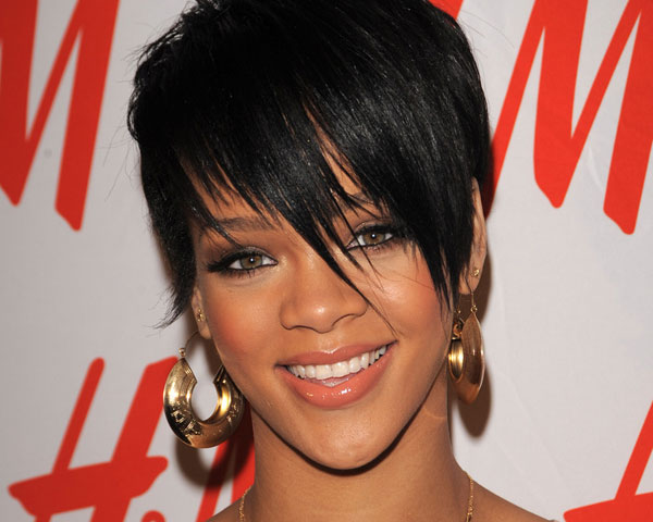 Rihannas Bangs Hairstyle