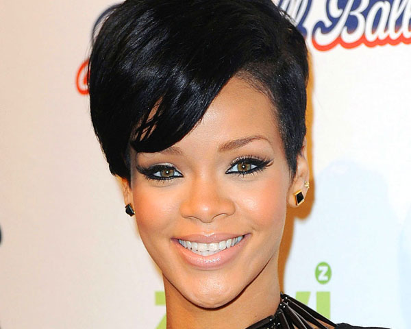 Brilliant 60 Rihanna Hairstyles Which Look Extraordinary Slodive Short Hairstyles For Black Women Fulllsitofus