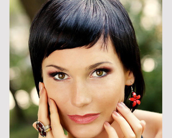 black bob with bangs 40 Wonderful Short Bob Hairstyles