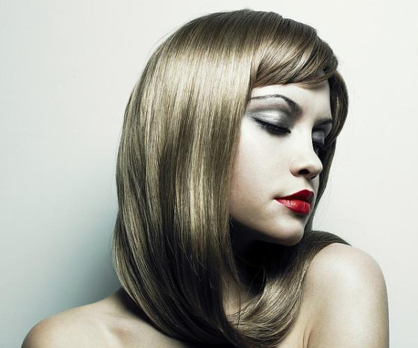 40 Haircuts For Round Faces Which Looks Impressive Slodive