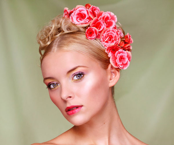 flower girl hair 30 Magnificent Updos For Medium Hair