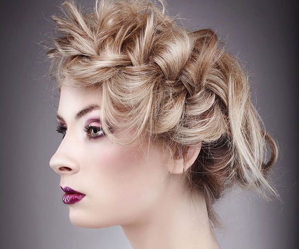 primavera 30 Magnificent Updos For Medium Hair