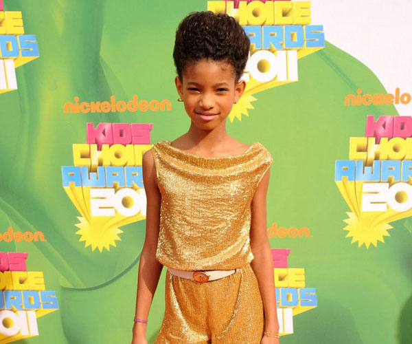 updo hairstyle 25 Willow Smith Hairstyles Which Look Perfect