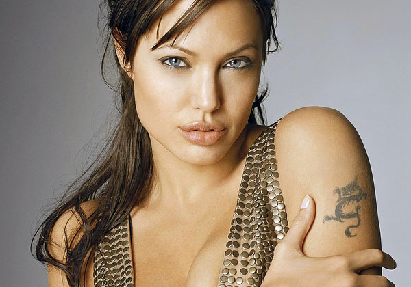 dragon tattoo 20 Sexy Angelina Jolie Tattoos