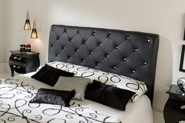 Comfortable Bedroom Idea. 30 Groovy Black And White Bedroom Ideas   SloDive