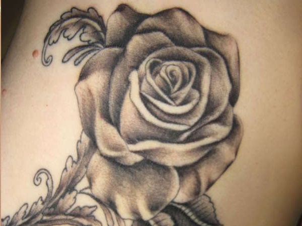 in memory 30 Exotic Black Rose Tattoo Designs