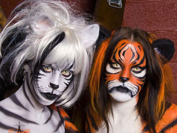imma tiger 40 Perfect Body Painting on Female Persons