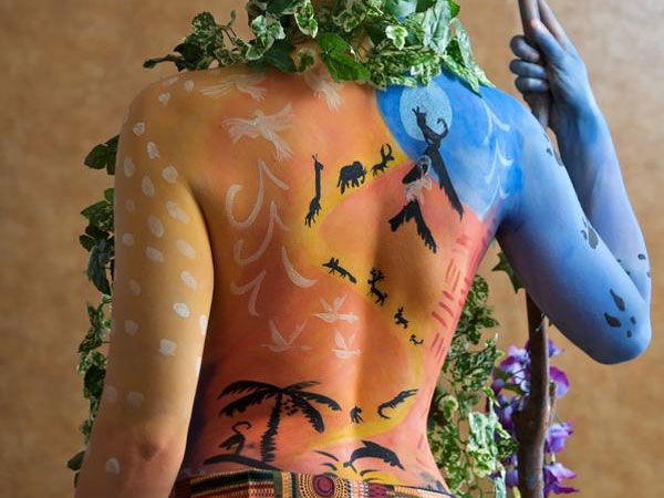 tribal back 40 Perfect Body Painting on Female Persons