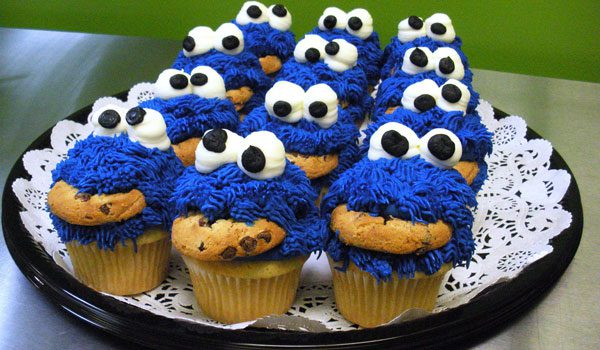 25 Cool Cookie Monster Pictures - SloDive Cool Cupcakes For Boys
