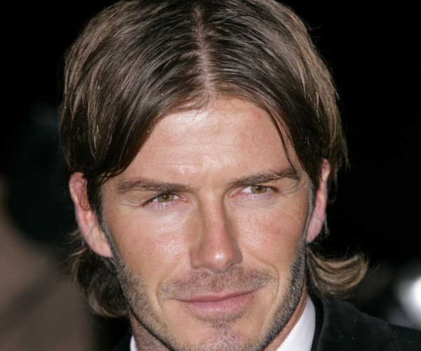 Hairstyles Parted In The Middle : Middle Part Hairstyles Men This middle parted hairstyle
