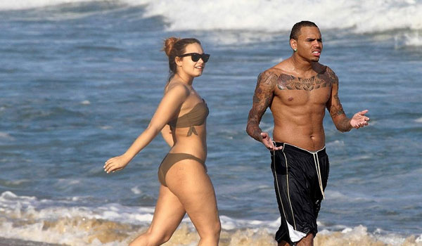 demi lovato and chris brown 30 Glamorous Demi Lovato Pictures