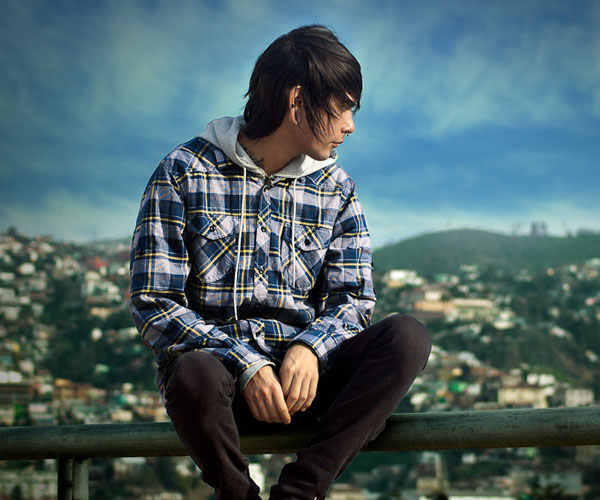 my city 35 Magnificent Emo Hairstyles For Guys