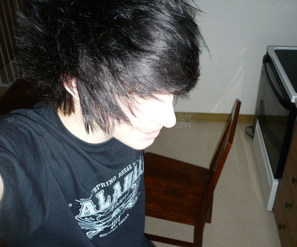 top view 35 Magnificent Emo Hairstyles For Guys