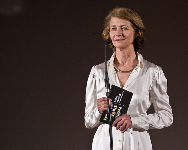 charlotte rampling 30 Awe Inspiring Hairstyles For Women Over 60