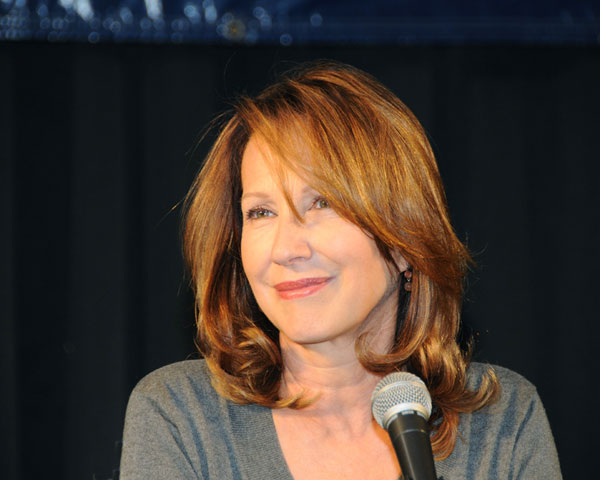 nathalie baye 30 Awe Inspiring Hairstyles For Women Over 60