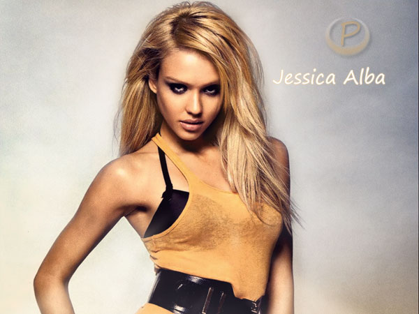 jessica alba poses 30 Jessica Alba Hairstyles Which Are Hot