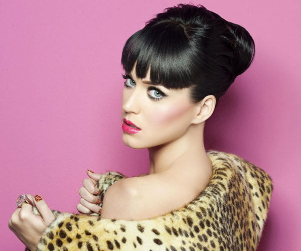bun hairstyle 30 Sexy Katy Perry Hairstyles