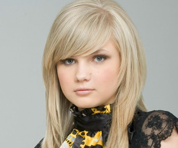 Groovy 30 Spectacular Long Blonde Hairstyles Slodive Hairstyle Inspiration Daily Dogsangcom