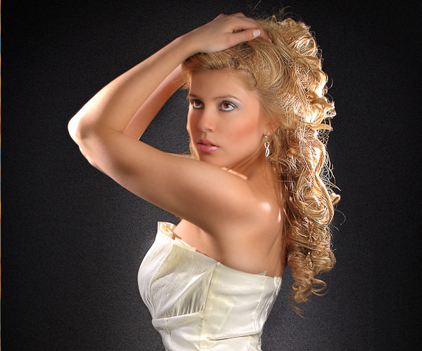 standing and white 30 Spectacular Long Blonde Hairstyles