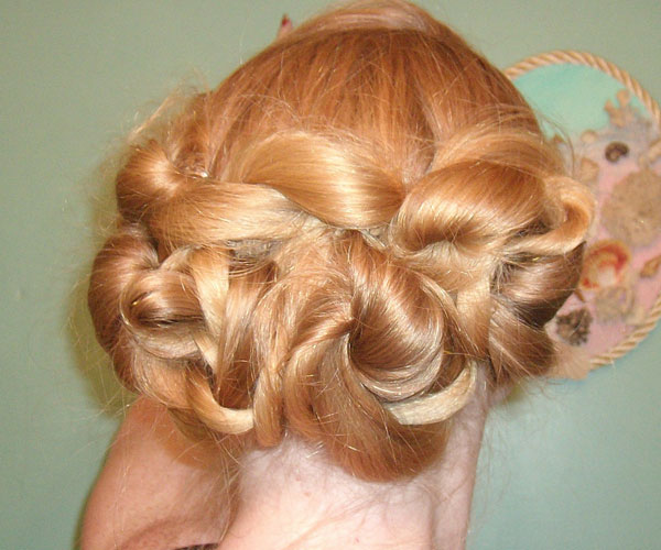 vintage up do 30 Spectacular Long Blonde Hairstyles
