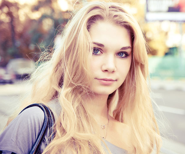 yulia 30 Spectacular Long Blonde Hairstyles