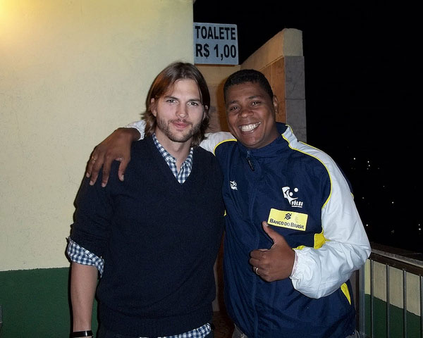ashton kutcher 30 Mens Long Hairstyles Which Will Make You Look Perfect
