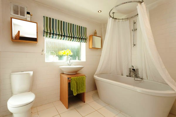 cool bathroom design 30 Terrific Small Bathroom Design Ideas