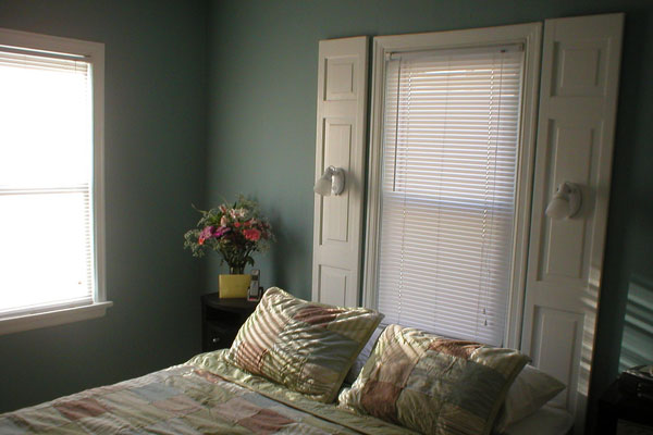 Sober And Simple Bedroom