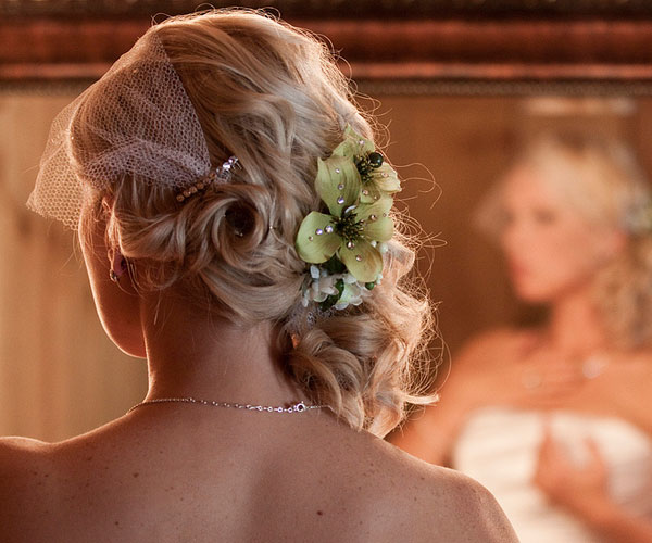 the bride 25 Phenomenal Wedding Hairstyles Down