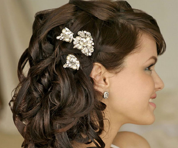 Peachy 30 Tempting Wedding Hairstyles Half Up Slodive Hairstyle Inspiration Daily Dogsangcom