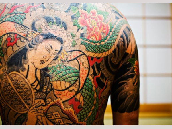 yakuza with dragon 25 Breathtaking Yakuza Tattoo Designs
