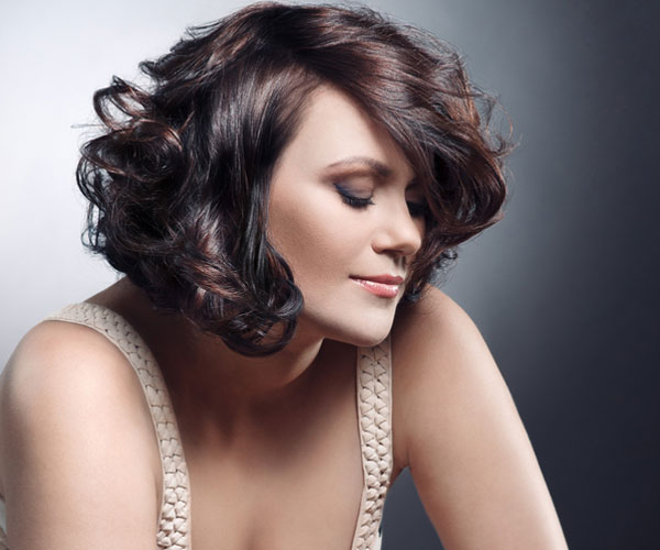 feminine 30 Spectacular Curly Bob Hairstyles