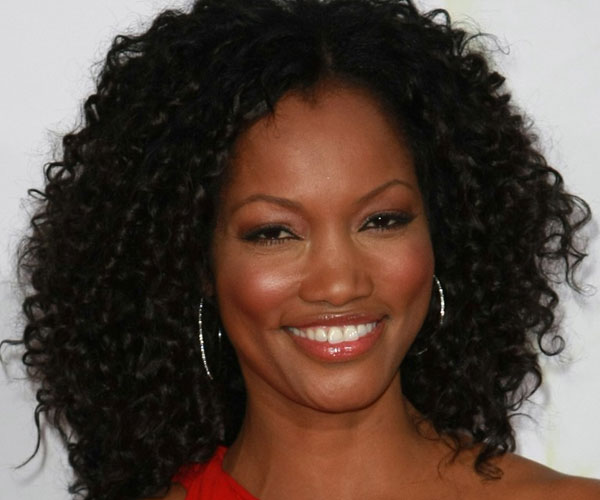 30 exceptional curly weave hairstyles slodive center parted curly hairstyle pmusecretfo Images
