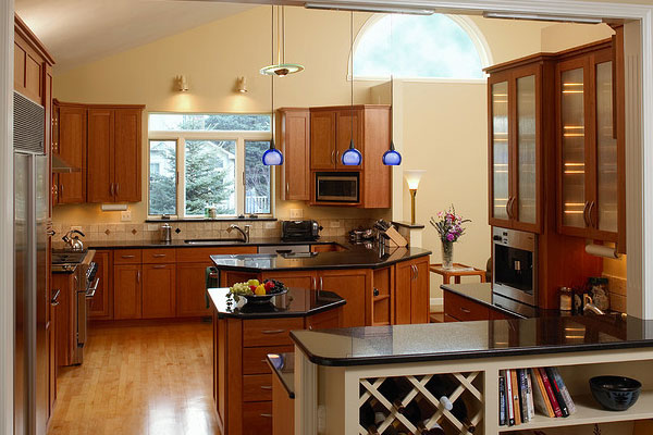 Kitchen Paint Colors With Light Maple Cabinets