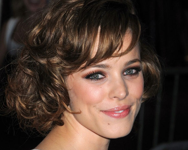 30 Majestic Hairstyles For Short Curly Hair - SloDive