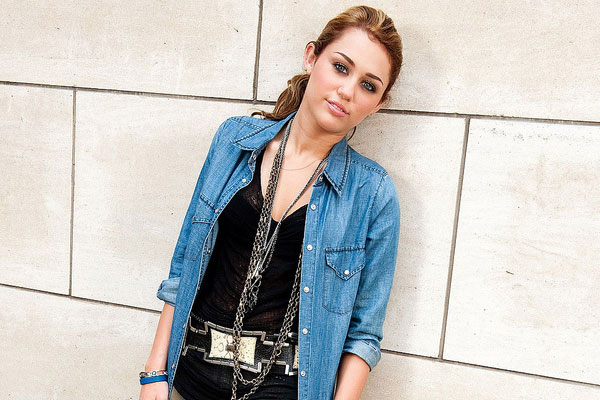 Casual Style Miley
