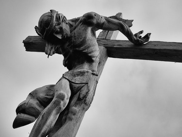 jesus at the cross 25 Awe Inspiring Pictures of Black Jesus