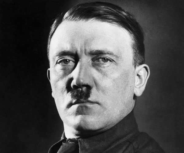 adolf hitler 30 Marvelous Pictures of Famous People