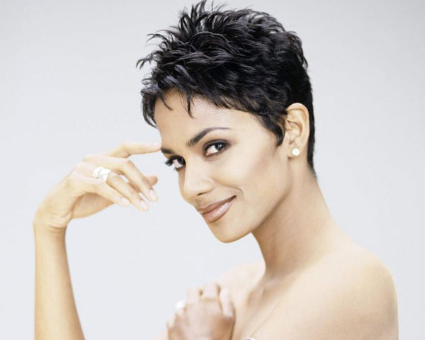 Groovy 30 Superb Short Hairstyles For Women Over 40 Slodive Short Hairstyles For Black Women Fulllsitofus