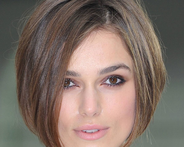 Marvelous 30 Superb Short Hairstyles For Women Over 40 Slodive Hairstyle Inspiration Daily Dogsangcom