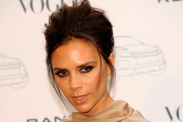 pulled back hairstyle 35 Astounding Victoria Beckham Hairstyles